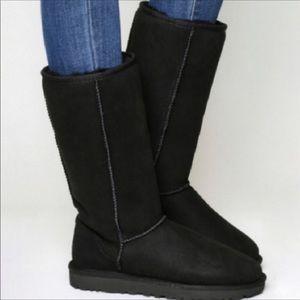 UGG Classic tall black boots 👢NWOT